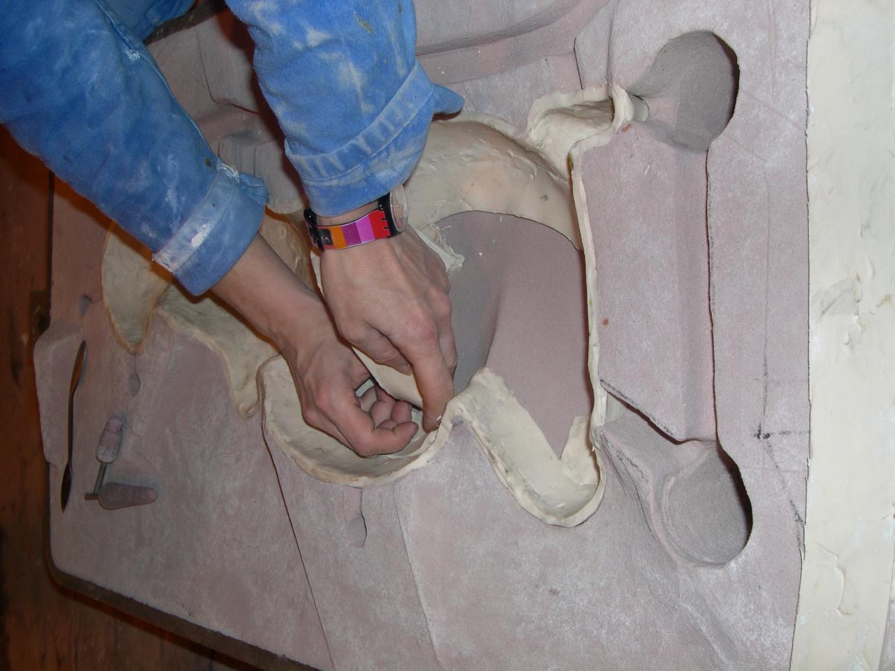 Etaler la plastine (future épaisseur de l'aluminium