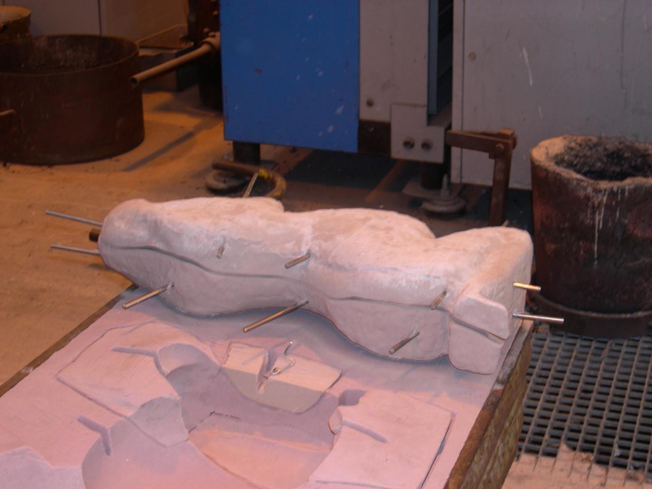 retirer le modèle noyau en sable chimique